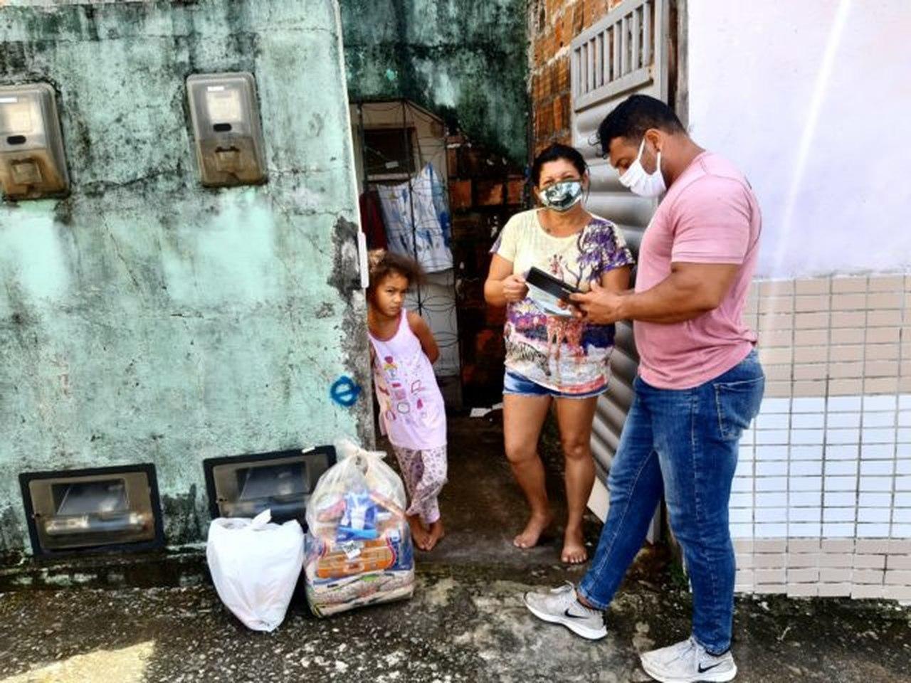 06082020 jpfeira Easy Resize.com - JOÃO PESSOA : Prefeitura beneficia mais 535 famílias com a entrega de cestas nutricionais e kits de higiene em diversas comunidades da Capital