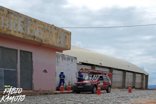 26052020 estadio - NO ESCURO: Dívida da Prefeitura de Venha Ver faz Cosern cortar luz do estádio ''O Robertão''; VEJA