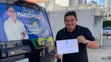 LUCAS B 390x220 - Prefeito eleito Luquinha do Brasil, vice e vereadores eleitos em Marizópolis para 2021-2024 são diplomados