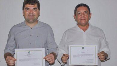 RINALDO E OTAVIO 390x220 - Prefeito eleito Rinaldo Cipriano, Vice Otávio Neto e vereadores de Joca Claudino são diplomados de forma virtual