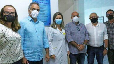 cartaxofarmacia 390x220 - Luciano Cartaxo entrega nova farmácia de alimentação parenteral do Cândida Vargas, fortalecendo os recém-nascidos prematuros