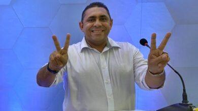 joao neto aparecida 390x220 - Prefeito eleito de Aparecida aciona justiça para garantir o acesso de sua equipe de transição à Prefeitura Municipal.