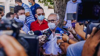 Cicero1 390x220 - Cícero Lucena anuncia nova sala cirúrgica para zerar demanda de procedimentos ginecológicos na maternidade Cândida Vargas