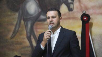 aldo andrade 390x220 - SEM ECONOMIZAR: Prefeito de Bernardino Batista anuncia licitações para compra de material de limpeza e de higiene, materiais didáticos e locação veículo; VEJA