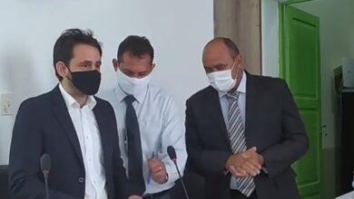 athaideposse3 390x220 - Prefeito reeleito Dr. Athaíde Diniz toma posse para o segundo mandato e promete trabalhar ainda mais pelo Lastro.