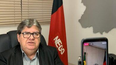 GOVERNADOR JOAO AZEVEDO 390x220 - Novo Decreto na Paraíba prevê multa de R$ 50 mil por desobediência; CONFIRA DOCUMENTO