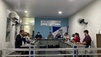 triunfo1 390x220 - Com presença do prefeito, Câmara de Triunfo retorna as sessões e garante apoio ao executivo.