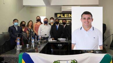 vereador novo 390x220 - Após morte de vereador, suplente eleito com 108 votos assumirá vaga em Venha-Ver, RN.