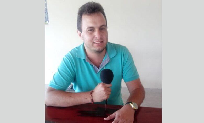 ESPEDITO NOVA 780x470 - Prefeito Espedito Filho presta contas de ações da gestão durante entrevista em programa de rádio