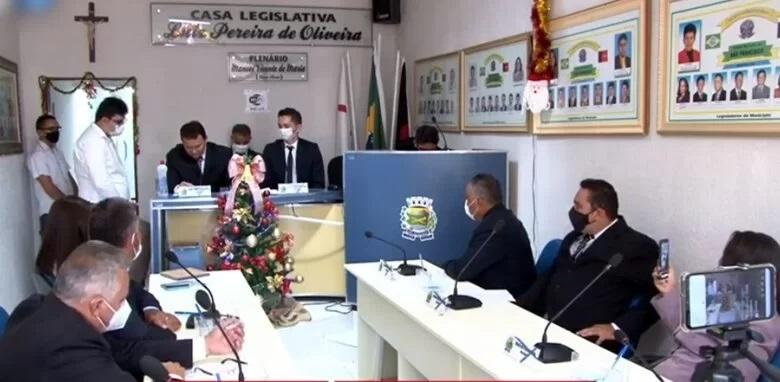 camara sao francisco nova - SÃO FRANCISCO: Câmara Municipal aprova PL de auxílio emergencial a micro e pequenos comerciantes que tem quiosques no centro da cidade.