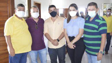 grupokerginaldo 390x220 - Prefeitos e lideranças recepcionam Ministro Rogério Marinho em agenda na região Oeste Potiguar.