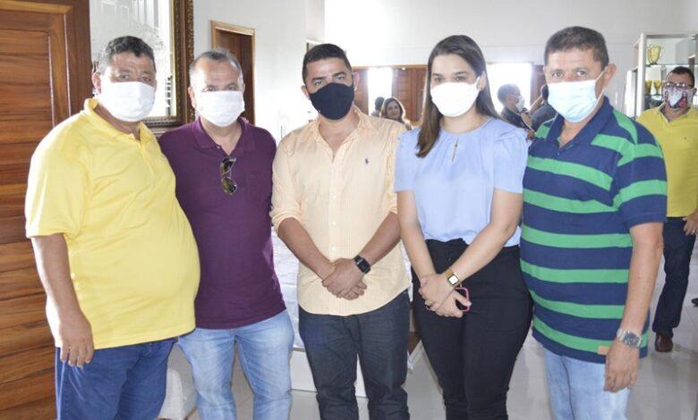 grupokerginaldo 780x470 - Prefeitos e lideranças recepcionam Ministro Rogério Marinho em agenda na região Oeste Potiguar.