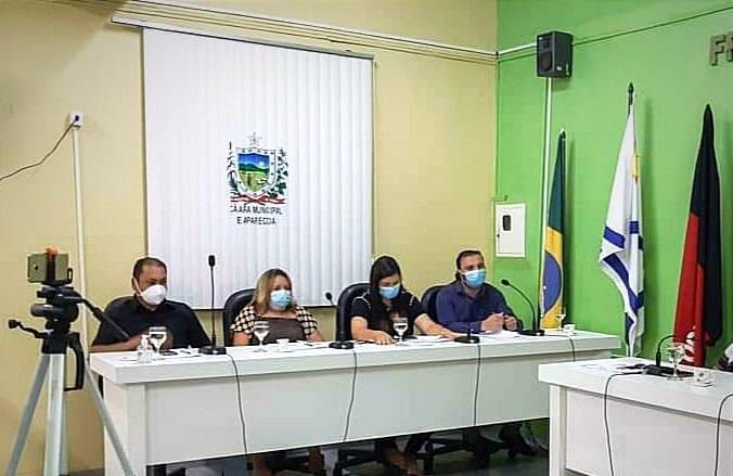 oposicao vereadores - COVARDIA : Em plena pandemia vereadores de oposição votam contra PL que previa benefícios em gratificações para os servidores da prefeitura de Aparecida.