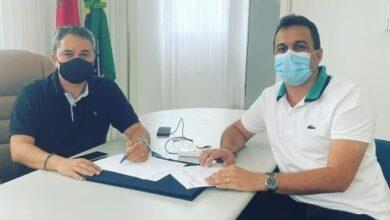 ESPEDITO E EFRAIM 390x220 - PARCERIA : Prefeito Espedito Filho se reúne com o Deputado Federal Efraim Filho para viabilizar recursos para Triunfo