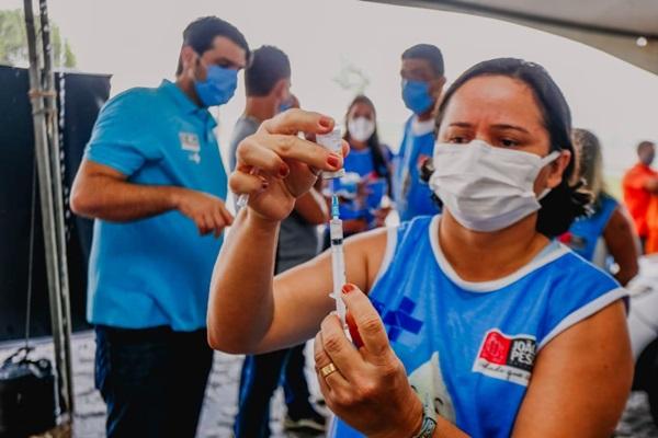 joao pessoa vacina - Prefeitura de João Pessoa anuncia atendimento noturno para agilizar aplicação de segunda dose da Coronavac