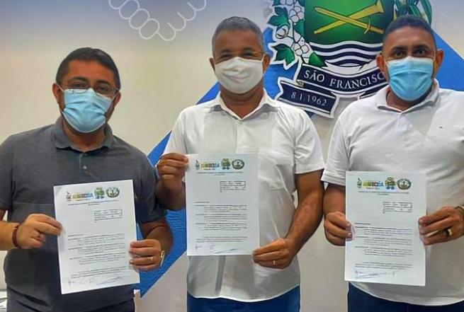 prefeitos ss - Prefeitos se reúnem e assinam Termo de Acordo de Cooperação Mútua entre os municípios para implantação da Casa de apoio na capital João Pessoa.