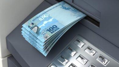 saque 390x220 - DINHEIRO NO BOLSO : Prefeitura de Vieirópolis anuncia pagamento dos servidores referente ao mês de abril de forma antecipada.