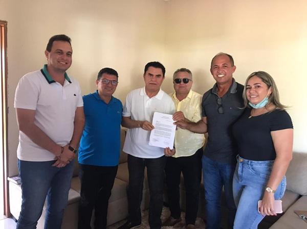 DEDE E AIRTON - ELEIÇÕES 2022: Aírton Pires recebe apoio do ex-prefeito de Poço Dantas que se une á luta pela conquista da rodovia de Poço Dantas ao RN.