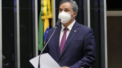 EFRAIM FILHO 390x220 - EM BRASÍLIA: Proposta de Efraim modifica regras de discussão e votação para agilizar sessões na Câmara Federal