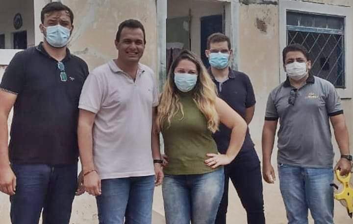 ESPEDITO VISITA ESCOLA - EDUCAÇÃO: Prefeito de Triunfo acompanha visita técnica na Escola Maria Duarte de Aquino que receberá reforma e ampliação.