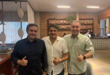 LUCAS E EFRAIM 1 220x150 - ELEIÇÕES 2022: Prefeito de Marizópolis anuncia apoio à pré-candidatura de Efraim Filho na disputa ao Senado