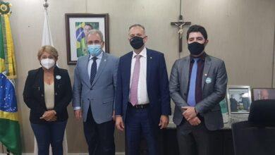 Leninha saude 390x220 - Em busca de novos recursos, prefeita Leninha Romão se reúne com Ministro da Saúde, Marcelo Queiroga em Brasília