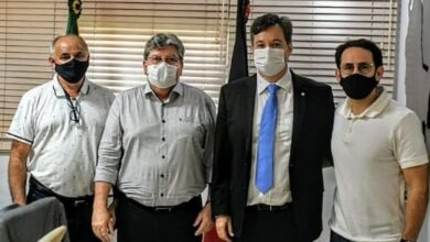 athaide jp 390x220 - Prefeito Dr. Athaíde Diniz se reúne com Governador João Azevedo e anuncia diversos pleitos para o município de Lastro