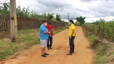 dr zr 390x220 - ÁGUA PARA TODOS: Prefeito de Venha-Ver visita comunidades para verificar sistema de abastecimento de água