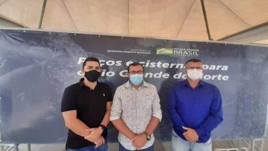 natal 390x220 - Conquista: Prefeito Dr. Cleiton Jácome consegue poços artesianos para Venha-Ver durante agenda administrativa na capital