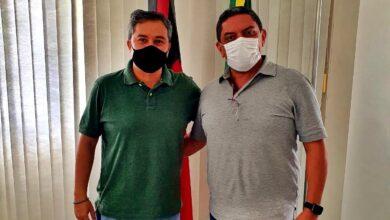 Rinaldo2 390x220 - PULA PULA : Mais um prefeito do Progressistas declara apoio a Efraim para o Senado