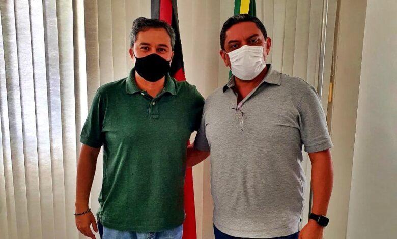 Rinaldo2 780x470 - PULA PULA : Mais um prefeito do Progressistas declara apoio a Efraim para o Senado