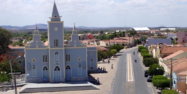 UNA - Mais de 60 municípios paraibanos evoluem na flexibilização para bandeira amarela na pandemia; Uiraúna continua com bandeira vermelha; VEJA.