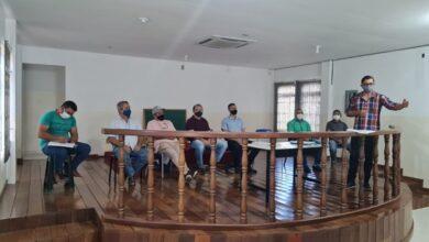 agricultura1 390x220 - Prefeito Ceninha Lucena se reúne com representantes de associações rurais e debate melhorias para a agricultura de Bonito de Santa Fé.