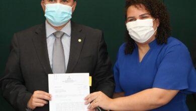 efraim bayeux 390x220 - EM BRASÍLIA : Efraim e Luciene levam prioridades de Bayeux para o Ministério da Saúde