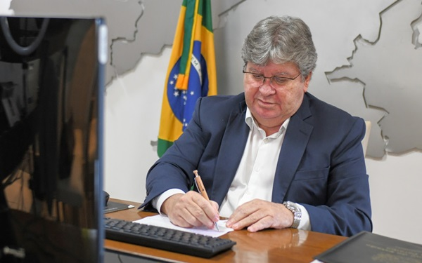 joaonova - Em menos de três anos de gestão, João Azevêdo realiza 6 concursos públicos e 25 processos de seleção de servidores