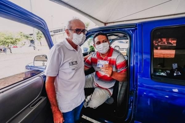 jpcicerosaude - Prefeito acompanha vacinação de pessoas 55+, operadores do transporte de passageiros e agentes de limpeza em postos itinerantes
