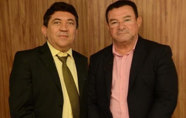 mangueiras - ENROLADOS: Ex-prefeitos de Triunfo e Vereador são condenados por improbidade administrativa
