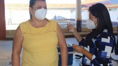 vacinacao 390x220 - Prefeitura de Venha-Ver inicia vacinação dos profissionais da educação municipal contra a Covid-19