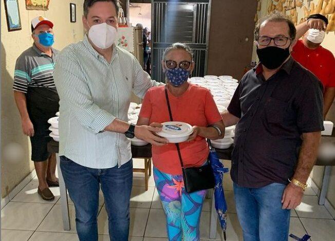 TA NA MESA 652x470 - Bonito de Santa Fé: Júnior Araújo participa da abertura do programa 'Tá na Mesa' e anuncia mais de R$ 1 milhão em investimentos em parceria com Governo da Paraíba