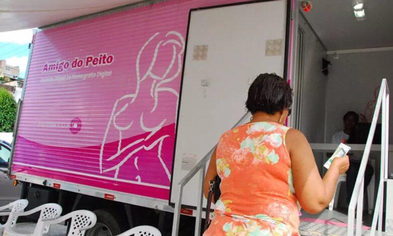 camiao 780x470 - Secretaria de Saúde e Projeto Amigo do Peito realizam exames no município de Marizópolis