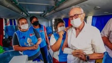 cicerovacina 390x220 - JOÃO PESSOA: Prefeito toma vacina contra a Influenza e convoca população a procurar postos de imunização