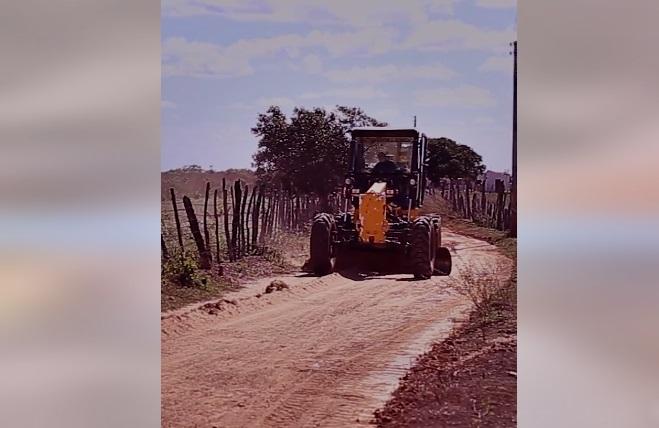 estrada - NO RN: Prefeitura de Major Sales intensifica recuperação em todas as estradas vicinais da zona rural município