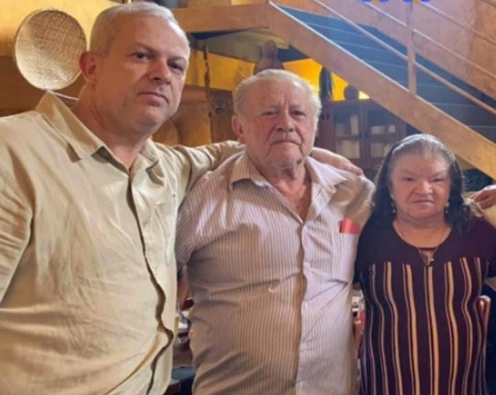 familia sousense - PM afastado surta e mata os pais na zona leste de SP; Família era de Sousa; VEJA
