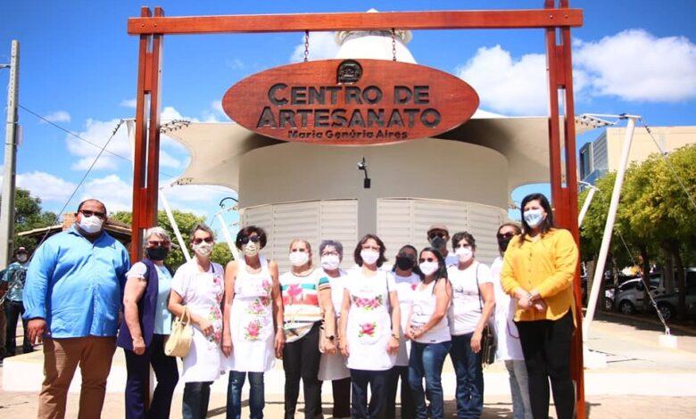 inauguracao 780x470 - NOVAS AÇÕES: Com recursos próprios, Prefeitura de Pau dos Ferros entrega cobertura externa do Mercado Público e reconstrução do Centro de Artesanato no centro da cidade.