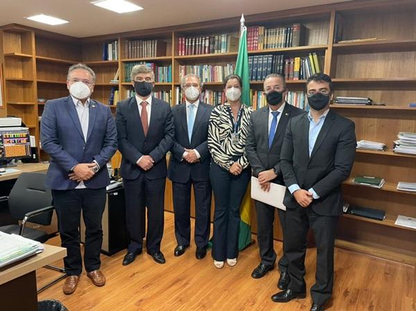 reuniao 1 - Wellington Roberto e Bruno Roberto se reúnem com ministro Paulo Guedes para tratar da Reforma Tributária