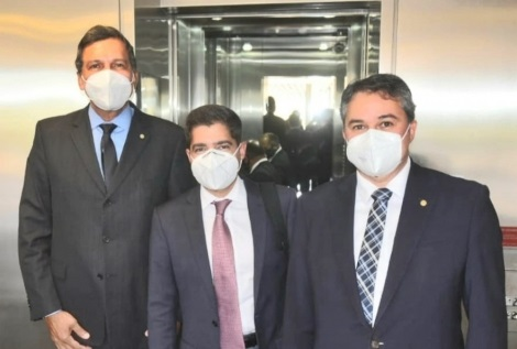 ricardo e efraim - Ricardo Barbosa confirma candidatura a deputado federal e preferência por Efraim Filho para o Senado