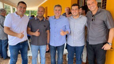 efraim nova 1 390x220 - Eleições 2022 : Efraim Filho recebe apoio dos prefeitos de Sapé, Sobrado e São José dos Ramos durante visita na região
