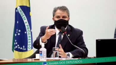 EFRAIM OUTUBRO 1 390x220 - O TRABALHO NÃO PARA: Efraim Filho anuncia mais de 1 milhão em recursos para municípios paraibanos; CONFIRA RELAÇÃO.