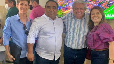 Marcos Eron 390x220 - Prefeito Marcos Eron participa de inauguração de Polo EaD do IFPB em Aguiar e busca parceria institucional para extensão de Polo em Monte Horebe