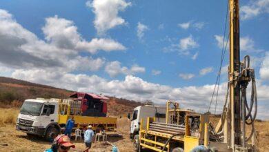 pocos vv 390x220 - Prefeitura de Venha-Ver inicia perfuração de poços artesianos em parceira com o Governo Federal.
